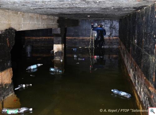 zalany bunkier